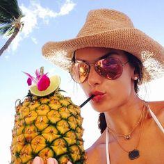 Alessandra Ambrosio shows off her model figure in pink bikini Alessandra Ambrosio, Pink Bikini, The Bikini, Devon, Windsor, Mirrored Sunglasses, Sunglasses Women, Trendy Swimwear, Beach Pictures