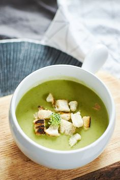 Brokolicová polévka… – Nordic Passion Cheeseburger Chowder, Food And Drink, Soup, Soups, Soup Appetizers