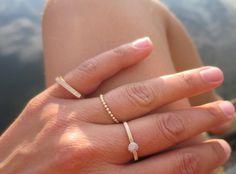 Bruk ringene på flere fingre Gull, Delicate, Bracelets, Jewelry, Fashion, Diamond, Ring, Moda, Jewels