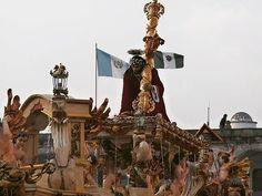 Y que a tus pies sea puesta toda nación! Para que su pueblo enzalse tu santo nombre. #cucuruchoenguatemala