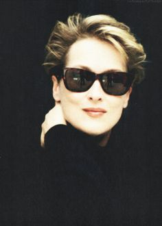 therealchipwillis:    love the negative space!  love Meryl!