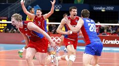 Russia celebrate volleball Olympic gold in London (Reuters)