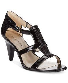 fa62dd3bc74 Bandolino Dacia Sandals Flip Flop Sandals