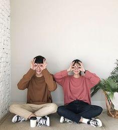 Korean Couple Fashion, Korean Couple Photoshoot, Boy Best Friend Pictures, Boy And Girl Best Friends, Korean Wedding Photography, Couple Photography Poses, Foto Best Friend, Cute Couple Outfits, Korean Best Friends