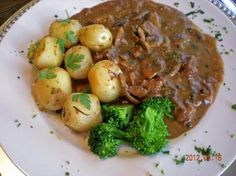 Zurcher Geschnetzeltes (Zurich-Style Veal Strips in Cream Sauce) from Food.com: This is a mouthwatering Swiss specialty dish originating in the town of Zurich, Switzerland. Typically served with Rosti (Swiss hashbrowns), but equally good with mashed potatoes, spaetzle, or dumplings. There are many versions of Geschnetzeltes that can be found throughout the region in restaurants and in home kitchens, alike. I particularly like this version with lemon and parsley.