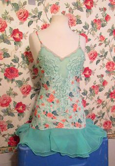 VINTAGE VICTORIA'S SECRET GREEN AND CORAL FLORAL SLIP DRESS/NIGHTGOWN LADIES S #VictoriasSecret #Sexy #Casual