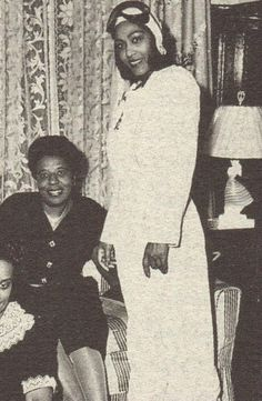 Janet Harmon Waterford Bragg, one of the few Black women pilots who became a pilot through the Tuskegee Airmen pilot program. She was the first African-American woman to hold a Commercial Pilot Licence.