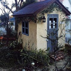 Little stucco shed