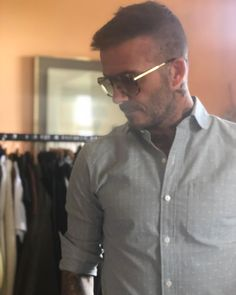 Victoria Beckham mocks David after he's caught wearing her sunglasses David Beckham Instagram, David Beckham Style, The Beckham Family, Haircuts For Men, Men's Haircuts, Spice Girls, Victoria Beckham, Hair Cuts, Bring It On