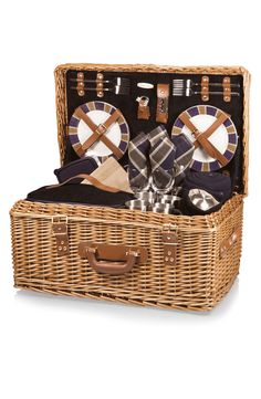 Picnic Time 'Windsor' Wicker Picnic Basket