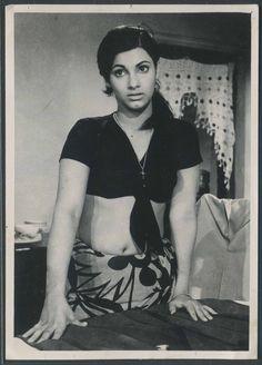 Dimpl Kapadia in Bobby Bollywood Posters, Bollywood Cinema, Indian Bollywood Actress, Indian Actress Hot Pics, Most Beautiful Indian Actress, Bollywood Actors, Actress Photos, Beautiful Actresses, Indian Actresses