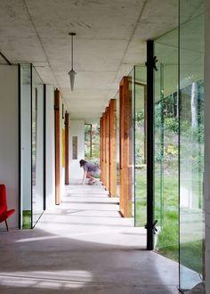 Planchonella House - Picture gallery #architecture #interiordesign #corridor