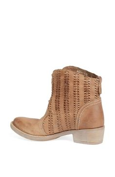 Cutest brown leather bootie