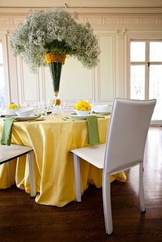 Lovely centerpiece featuring baby's breath and yellow pom poms pico soriano designs: BABY'S BREATHE IS BACK #baby'sbreath #centerpiece #flowers