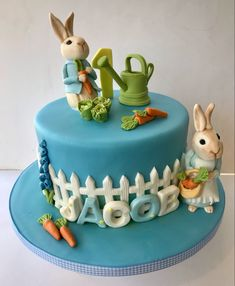 Peter Rabbit Cake, Vintage Cupcake, Birthday Cake, Cupcakes, Cookies, Desserts, Food, Crack Crackers, Tailgate Desserts
