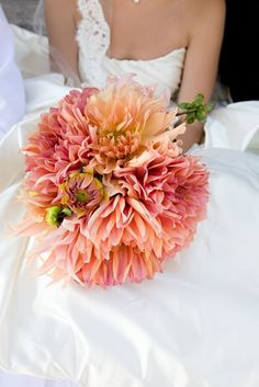 Gorgeous hand-tied bouquet of peach dahlias. #bouquet. #peach  #wedding