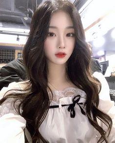 Pretty Korean Girls, Cute Korean Girl, Pretty Asian, Sexy Asian Girls, Pretty And Cute, Korean Beauty, Asian Beauty, Ulzzang Korean Girl, Ulzzang Fashion