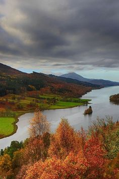 ponderation:  Loch Tummel by HildaMurray