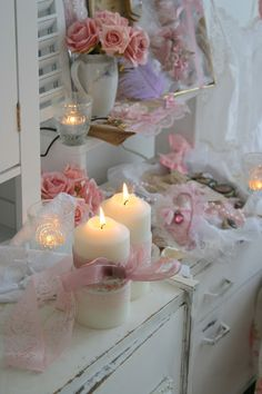 Gorgeous... my sis house is all shabby chic! candles with ribbon r sooo prettty
