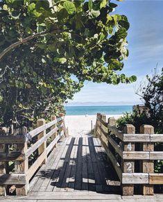 Just lead the way 🏖️ Photo via Sibling Beach Pictures, Beautiful Beach Pictures, Beautiful Places, Beach Photography Poses, Beach Poses, Travel Pose, Miami Art Deco, Instagram Beach, Florida Beaches