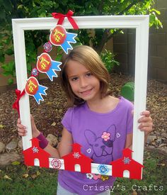 Back to School Picture Prop Frame: take a pic of them every year on their 1st day