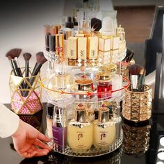 Makeup Storage Rack, Organizer Makeup, Make Up Organizer, Cosmetic Storage, Makeup Organization, Storage Organization, Storage Boxes, Beauty Organizer, Perfume Organization