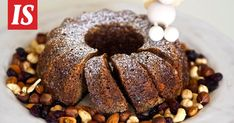 Sikke esittelee mehevän piimäkakun reseptin Anni Hautalan ruokakirjasta. Scandinavian Food, Doughnut, Sausage, Sweets, Desserts, Christmas, Tailgate Desserts, Xmas, Deserts