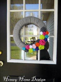 Think I might be making a trip to Hobby Lobby to make this! May use different colored floweres but very easy to make!!!!