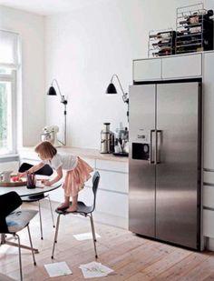 Photos: Heidi Lerkenfeldt, Styling Pernille Vest and Bolette Kiaer/ Linnea Press for Living Etc February 2012