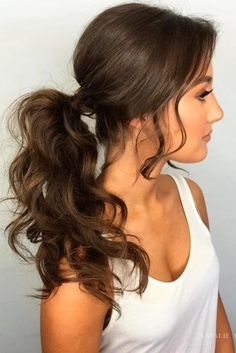 Best Sporty Ponytail Hairstyles for Your Workout Routine ★ See more: http://lovehairstyles.com/best-sporty-ponytail-hairstyles/