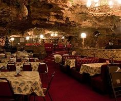 If you've always wondered what it'd be like to dine like Batman (you know, in a cave), this 250-seat restaurant overlooking the Gasconade River is for you.