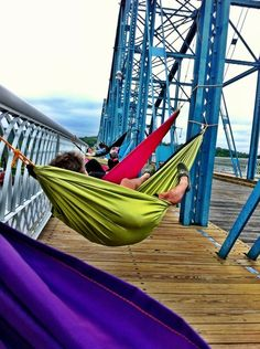 Wow Over 100 hammocks were set up on the historic Walnut Street Walking Bridge in a couple of minutes. Whether we set a new record or not, getting to float in a Color Cloud for a little while provided some much-needed relaxation in the middle of a crazy week!
