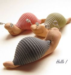 7 CREATIVE ARTS AND CRAFT PROJECTS WITH PASTA I have some sea shells we could do this with