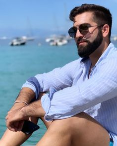 Actor Picture, Barbados, Beards, Aviation, Prince, Mens Sunglasses, Actors, Guys, Celebrities