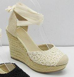 Lovely crochet lace and faux burlap wedge heels! Bohemian Shoes, Crochet Lace, Wedge Heels, Fashion Shoes, Shoe Boots, Espadrilles, Footwear, Wedges, Burlap