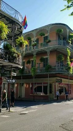 """You don't just """"see"""" New Orleans, you EXPERIENCE New Orleans. Better than just things to do in NOLA, these are 11 awesome ways to experience New Orleans! New Orleans Vacation, Visit New Orleans, New Orleans Travel, New Orleans Trip, New Orleans Mansion, Us Travel, Places To Travel, Places To See, Travel Tips"""