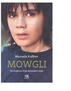 Tijdens een heerlijke vakantie in Toscane beseft Manuela hoe 'rijk' ze is: ze heeft een leuke knappe man en twee heerlijke zoontjes. De jongste, Aljoscha, gaat bijna naar school en zijzelf weer aan het werk. Maar van de ene op de andere dag houdt Aljoscha op met praten en verandert in een wild, onbereikbaar kind. Een mysterieuze peuter die één lijkt met de natuur, wat hem de bijnaam Mowgli oplevert.
