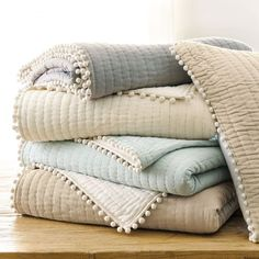 """Audree Pom Pom Quilt - Twin quilt is 86"""" long"""