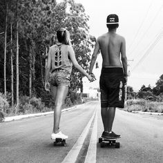 Image about girl in Longboard ♥ by Claudia Labrecque Skateboarding Couples, Skater Couple, Skater Girls, Boy And Girl Best Friends, Just Friends, Relationship Images, Relationship Goals, Relationships, People