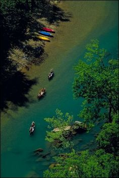 Canoeing the Buffalo National River - Arkansas Parks and Tourism #AETN #BeMore