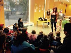 Del 19 de enero al 3 de febrero nos visitan las Escuelas Infantiles Municipales en las bibliotecas de Gloria Fuertes, M. Pep Sempere y Central de Elche: los niños y sus familiares disfrutan de un cuentacuentos mágico, al mismo tiempo que conocen la biblioteca de su barrio.