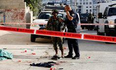 Teroris Zionis Bunuh Tiga Warga Palestina Liga Arab Minta Masyarakat Internasional Turun Tangan  KAIRO (SALAM-ONLINE): Liga Arab secara resmi pada Sabtu (17/9) mengecam kejahatan yang dilakukan pasukan penjajah Israel terhadap warga Palestina. Terbaru tentara teroris Zionis itu membunuh tiga warga Palestina di Yerusalem dan Hebron pada Jumat (16/9).  Asisten Sekjen Liga Arab Abu Ali mengatakan pembunuhan yang terus dilakukan terhadap warga Palestina adalah bagian dari eskalasi sistematis…