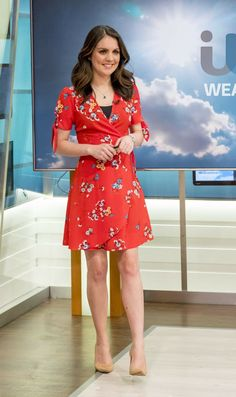 "Laura Tobin - ""Good Morning Britain"" TV Show in London - Celebrity Nude Leaked! Rachel Riley Legs, Good Morning Britain Presenters, Hottest Weather Girls, Dress Skirt, Dress Up, Nice Dresses, Girls Dresses, Tv Girls, Tv Presenters"