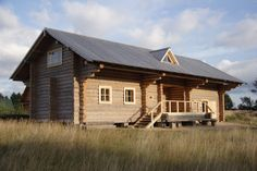 Iliya Utkin, the family house a-la Russian peasant dwelling