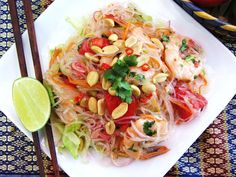 Yum-Woon-Sen Goong /Thai Spicy Glass Noodle Salad with Shrimp