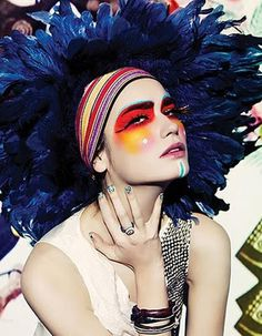 Incredible high fashion editorial make up! This is so creative!