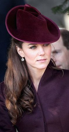 She wears such beautiful hats...I want to be part of the royal family just so I can wear awesome hats!!