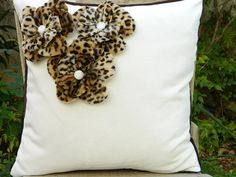 Accents of Leopard print.