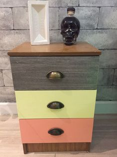 Painted bedside cabinet :) Pimp up you old furniture and make a buck - sell on Shpock :) No fees