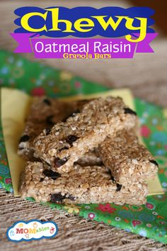 Chewy Oatmeal Raisin Granola Bar Recipe {copycat} I think I might try this with choco. chips instead of of raisins. Lunch Snacks, Healthy Snacks, School Snacks, Protein Snacks, Healthy Breakfasts, High Protein, Eating Healthy, Scones, Oatmeal Raisin Bars
